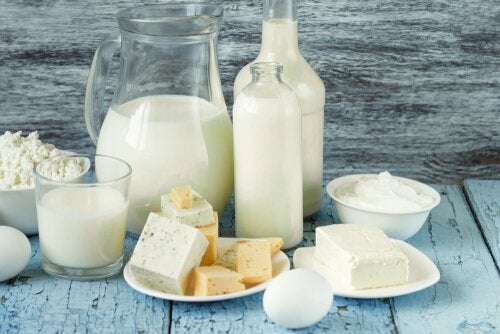 Jakie produkty mleczne zawierają najmniej laktozy?