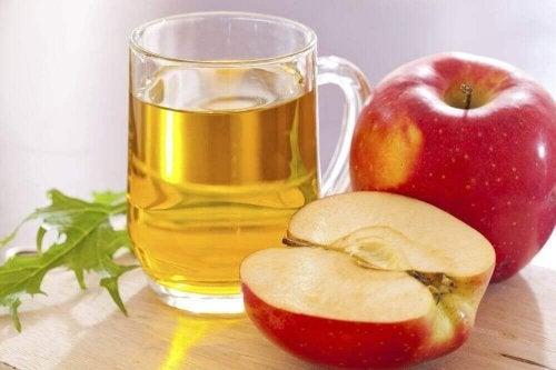 Najlepiej działa nieprzetworzony ocet jabłkowy.
