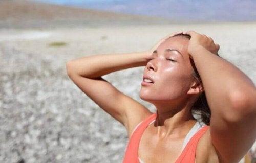 Odwodnienie jest jedną z przyczyn skurczów mięśni