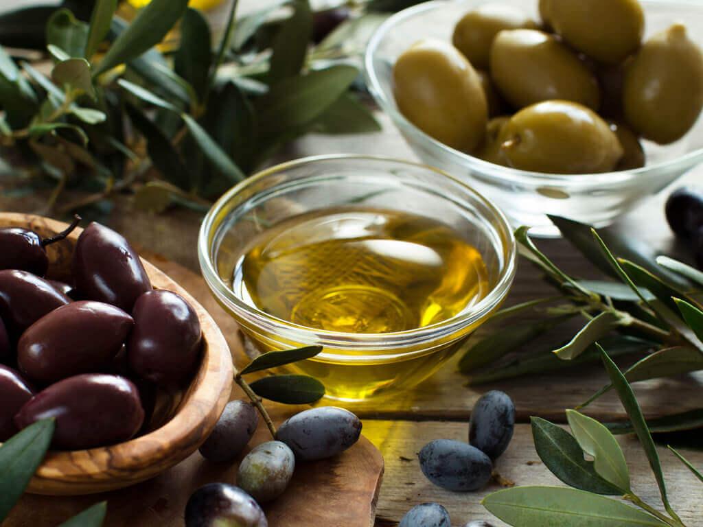 Oliwa i oliwki na naturalne mydło
