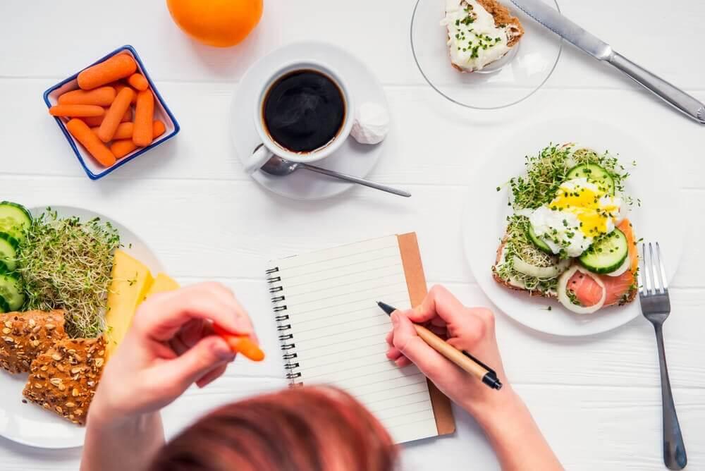 Organizacja planu żywieniowego, a uzależnienie od jedzenia