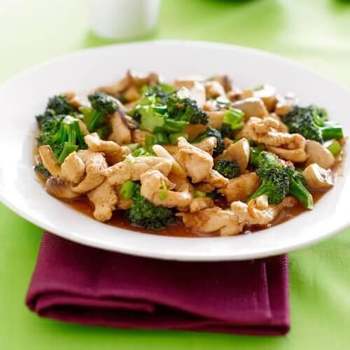 paluszki z kurczaka z brokułami