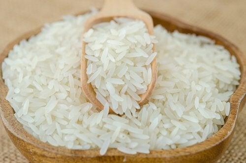 Korzyści z jedzenia ryżu. Biały ryż