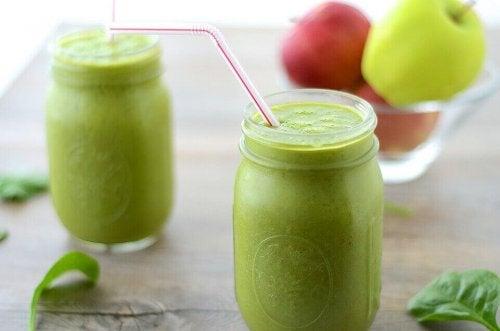 Zielone soki pomocne w odchudzaniu i na oczyszczenie organizmu