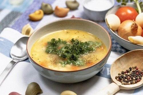 Warzywna zupa oczyszczająca