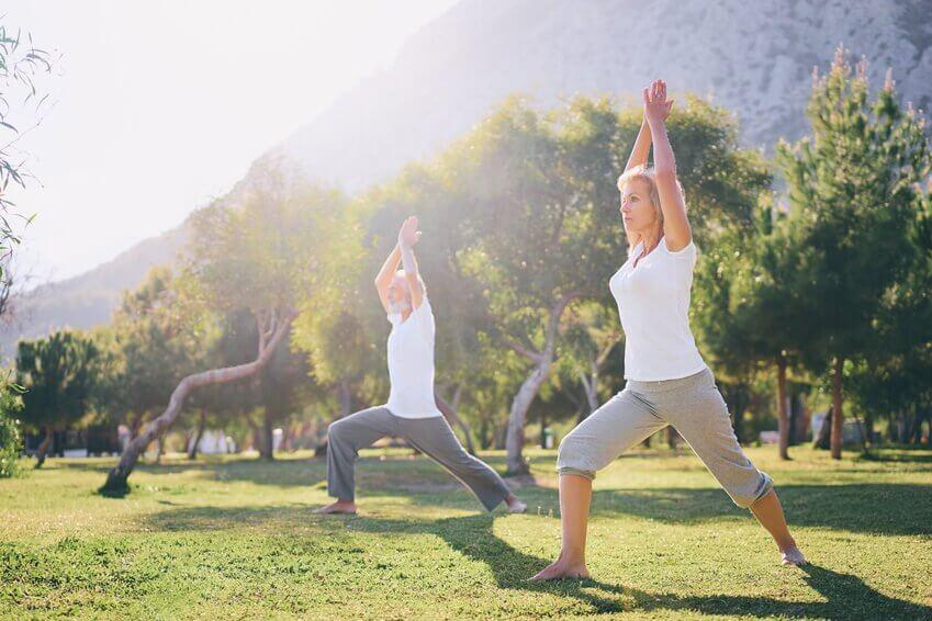 Zajęcia jogi dla seniorów