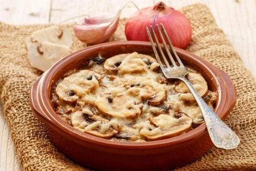 Zapiekanka grzybowa- przepis na zdrową kolację