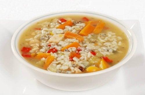 Biegunka - 3 zupy wskazane w jej leczeniu