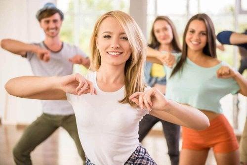 Ćwiczenia i taniec