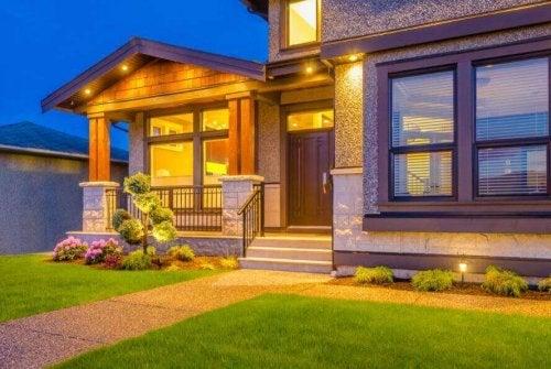 Wejście do domu – 6 sposobów na jego udekorowanie