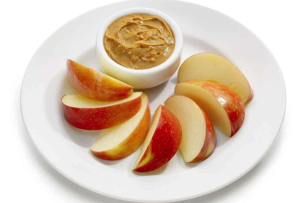 Jabłko z masłem