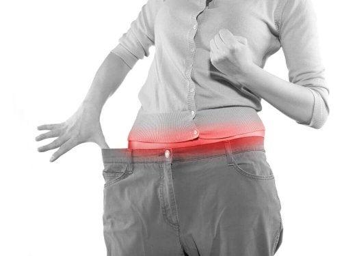 Jak zrzucić brzuch bez głodzenia się? – 4 proste sztuczki