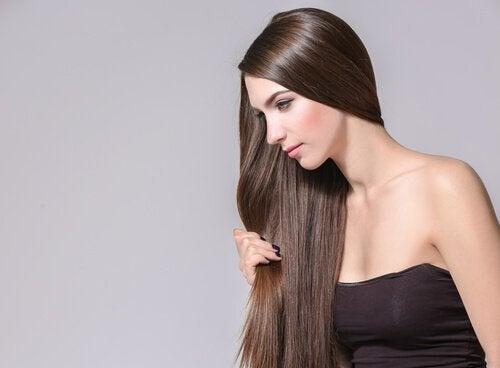 Wzrost włosów - 4 zioła i przyprawy na przyspieszenie