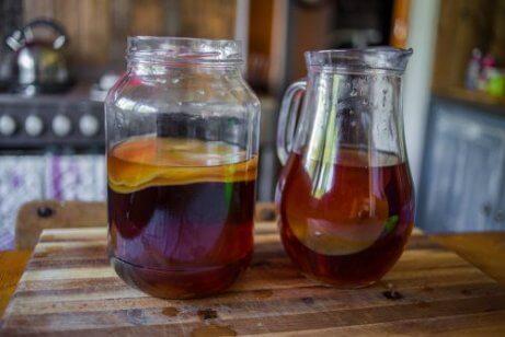 Kombucha – fermentowany napój na zdrowie