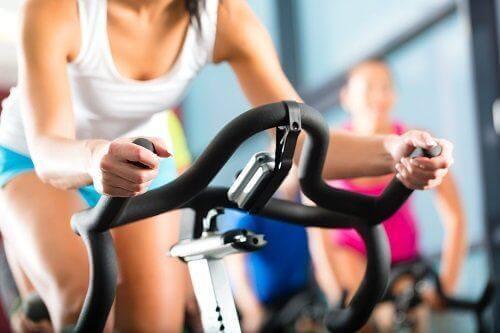Regularne ćwiczenia na rowerku