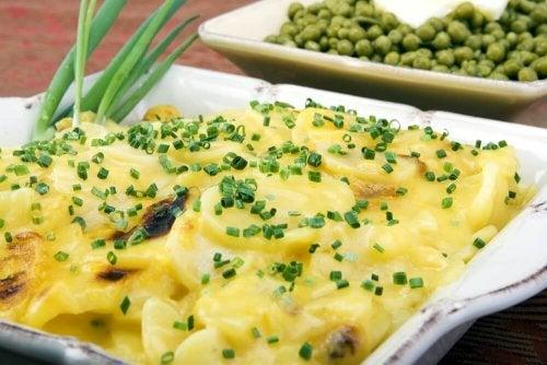 Sos alfredo – ziemniaki w niecodziennej odsłonie