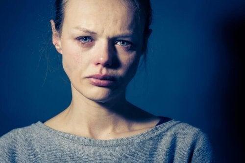 Emocjonalny ból - jak go przezwyciężyć i zacząć od nowa