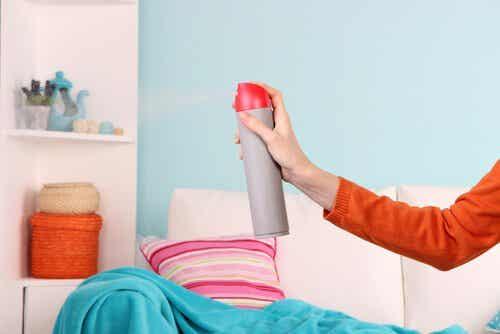 Zapach wilgoci – 5 sposobów na jego zneutralizowanie