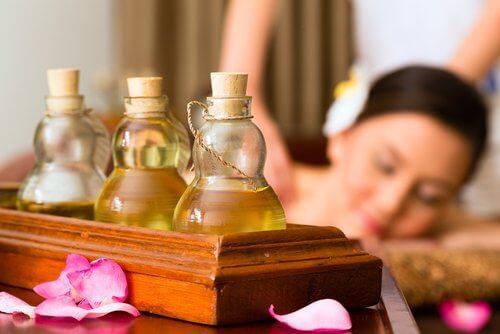 Zastosowanie olejków eterycznych - masaż