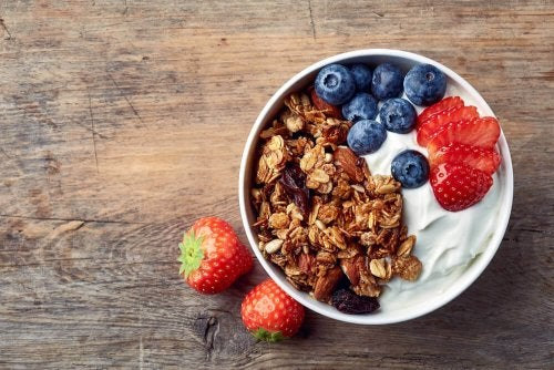 zdrowe śniadania owoce orzechy