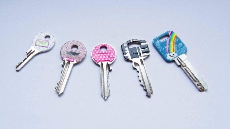 Lakier do paznokci na kluczach