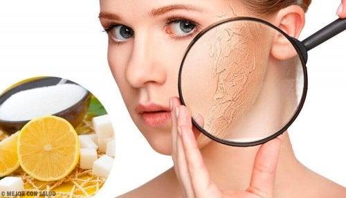 Sucha skóra - środki złuszczające do tego typu cery
