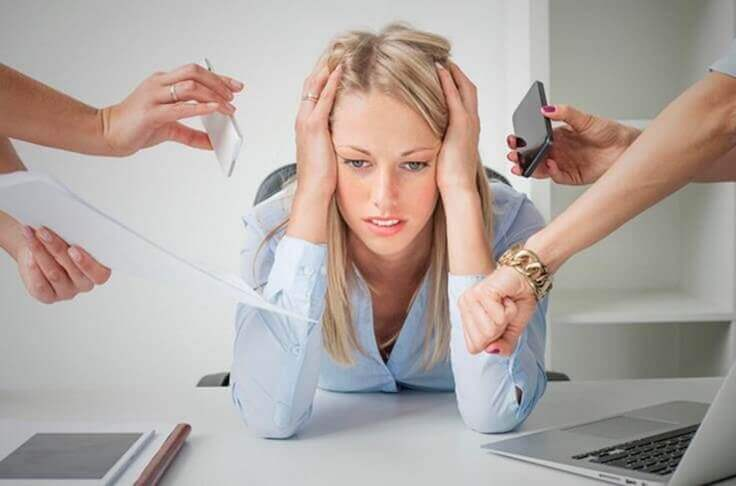 Zestresowana kobieta.