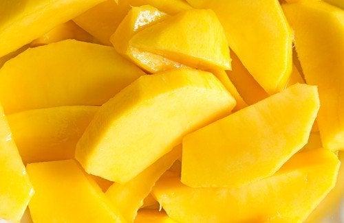 lekka sałatka z mango
