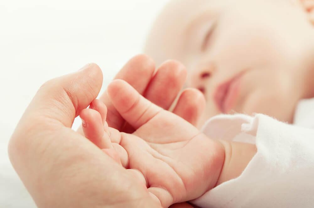 Rączka niemowlęcia