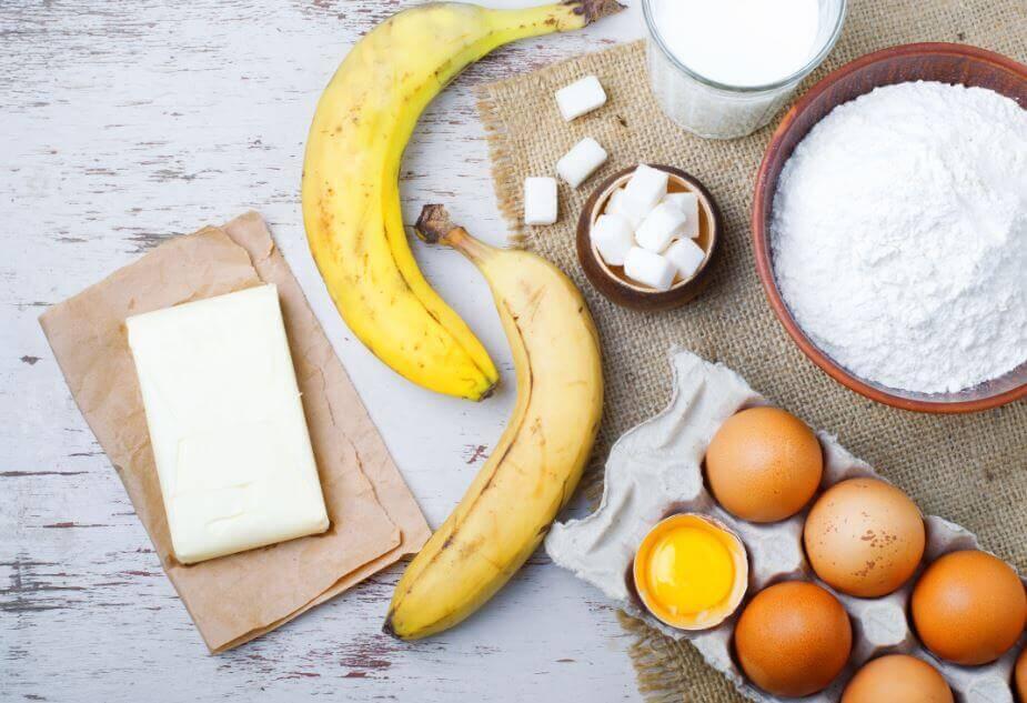 Składniki na chlebek bananowy
