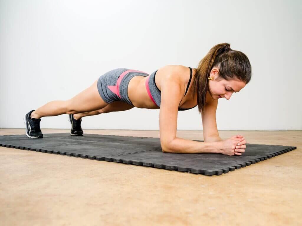 ćwiczenia na ból pleców - klatka piersiowa
