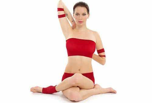 Napięcie mięśni szyi – zwalcz je jogą!