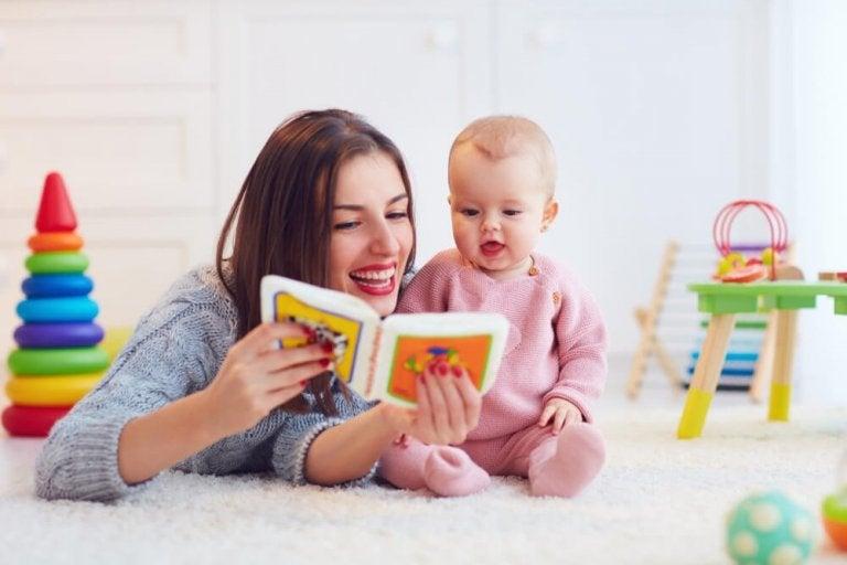 Rozwój mowy u dziecka - jak pobudzić go zabawą?