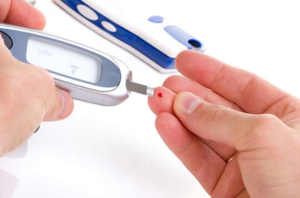 Pomiar poziomu cukru we krwi