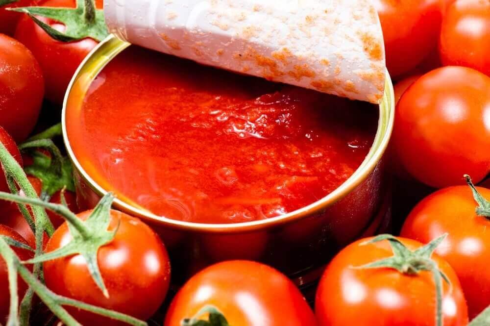 przepis na pomidory w słoikach