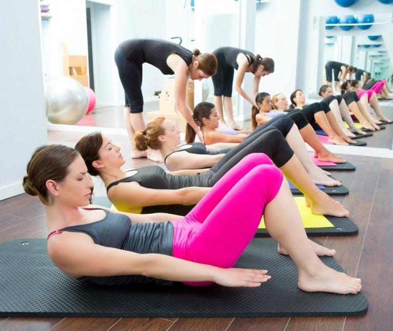 Praktyka jogi - czy wiesz, że pozwala spalić kalorie?