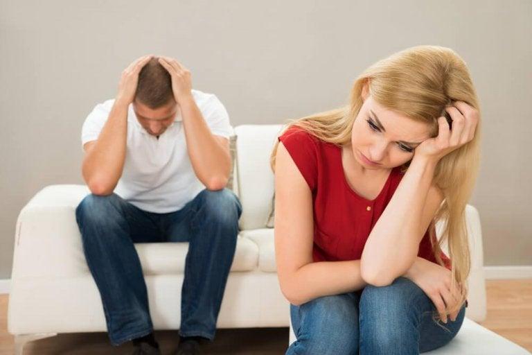 Co niszczy związek - 5 niepokojących czynników