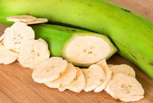 Dzięki niedojrzałym bananom łatwiej i szybciej spalisz nadmiarowe kilogramy.