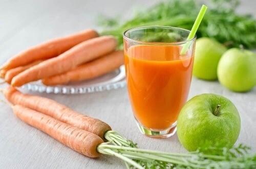 To klasyczne smoothie jest pełne składników o dobroczynnym działaniu.