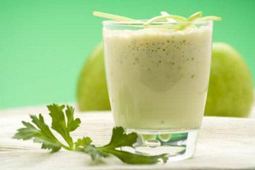Zielony pieprz to zdrowy i ciekawy dodatek do koktajli owocowo-warzywnych.