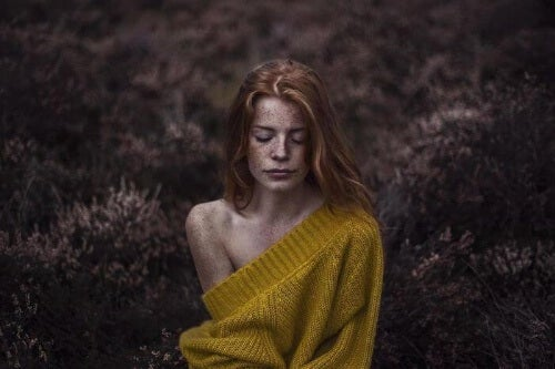 Poczucie samotności to nie to samo, co bycie samemu.