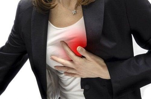 ból w piersi