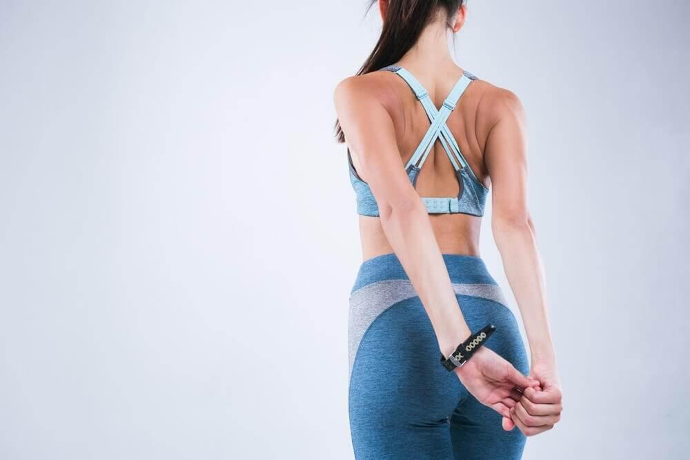 Ćwiczenia na prawidłową postawę – rozciągnij plecy!