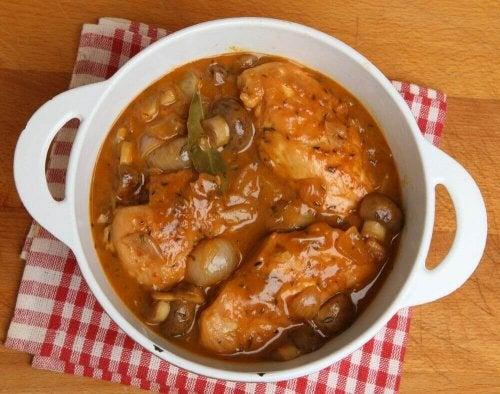 Kurczak glazurowany z sherry i grzybami