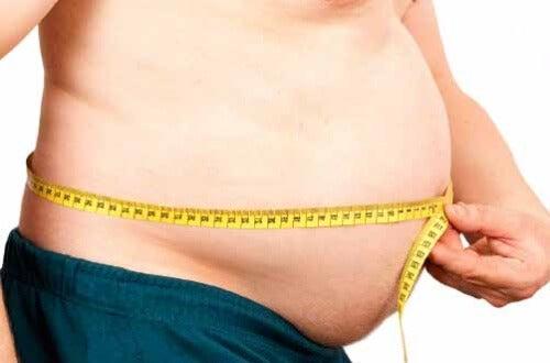 Operację zmniejszenie żołądka zaleca się osobom otyłym.