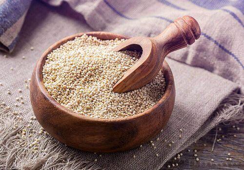 Miska komosy ryżowej