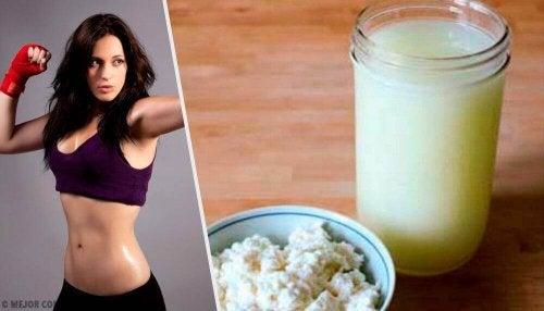 Białko serwatkowe - co to jest i kto powinien je pić?