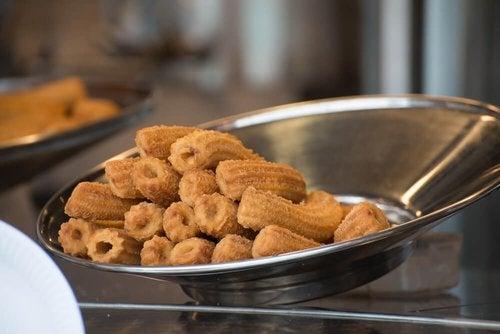 Churros bez glutenu - 2 przepisy dla chorych na celiakię