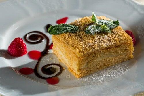 Ciasto francuskie – jak łatwo zrobić je w domu?