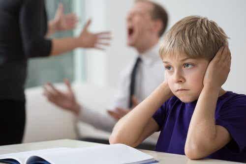 Domowe awantury - jak wpływają na dzieci?